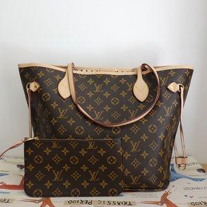 Louis Vuitton 13 x 12 x 7 monogram
